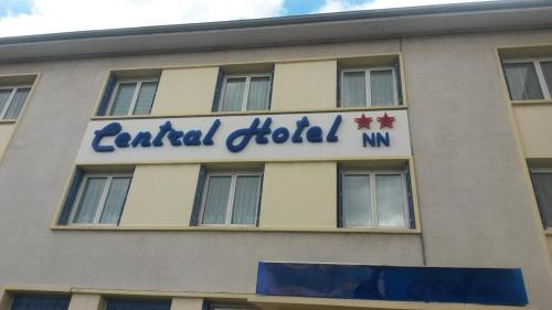 Central Hotel : Hotel proche de Saint-Priest