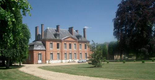 Chateau d' Emalleville : Chambres d'hotes/B&B proche d'Ailly