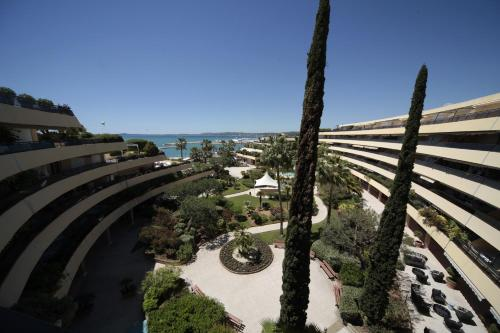 Holiday Inn Nice - Port St Laurent : Hotel proche de Saint-Laurent-du-Var