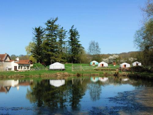 Photo Yourtes du Moulin Bertrand