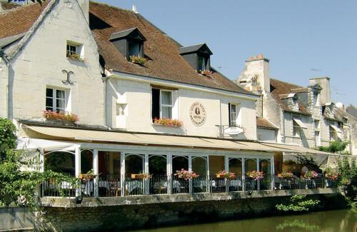 Hotel The Originals Loches George Sand (ex Inter-Hotel) : Hotel proche de Saint-Cyran-du-Jambot
