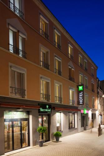 ibis Styles Chaumont Centre Gare : Hotel proche d'Arbot