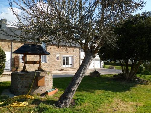 Farmhouse in an amazing private park : Hebergement proche de Île-d'Arz