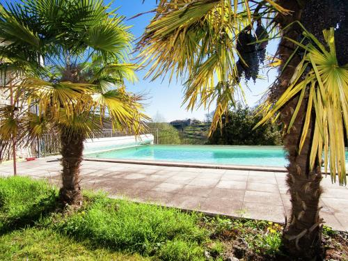 Three-Bedroom Holiday Home Sigoulès : Hebergement proche de Sadillac