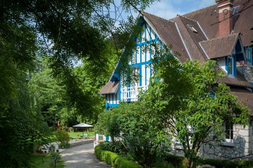 Photo Hotel The Originals Le Jardin des Plumes (ex Relais du Silence)