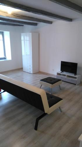 Studio Sylvain : Appartement proche de Longeau-Percey
