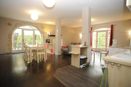 Appartement La Poulotte : Appartement proche de Couchey