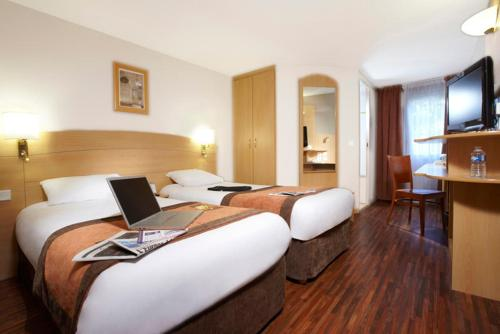 Kyriad Plaisir St Quentin en Yvelines : Hotel proche de Trappes