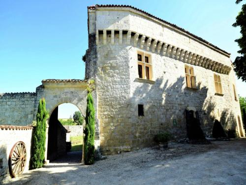 Holiday home Chateau D Agen II : Hebergement proche de Puymirol