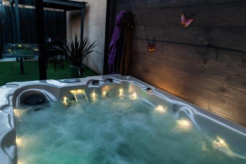 Hébergement Loft Jacuzzi Privatif