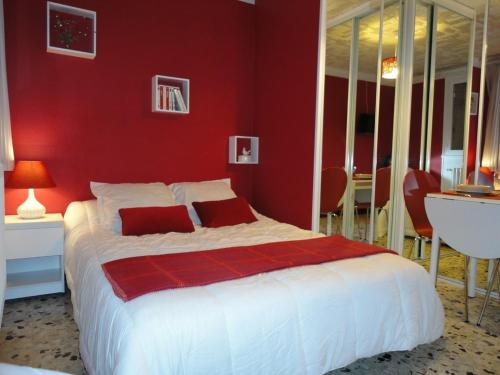 Studio Framboise : Appartement proche de Noisy-le-Grand
