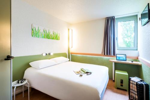 ibis budget Châtellerault Nord : Hotel proche d'Abilly