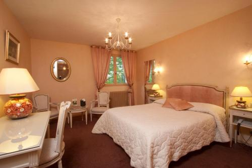 Logis Arts et Terroirs : Hotel proche de Chambolle-Musigny