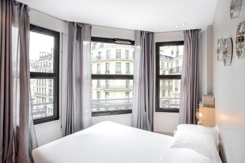 Saint Lazare Terrasse 3 : Appartement proche du 8e Arrondissement de Paris