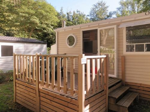 Team Holiday - Camping le Moulin du Pont D'Alies : Hebergement proche de Rabouillet