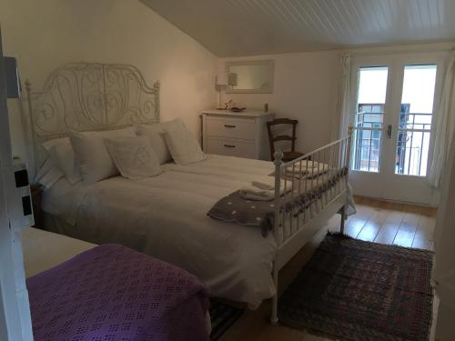 B&B at no3 : Chambres d'hotes/B&B proche de Saint-Martin-Lys