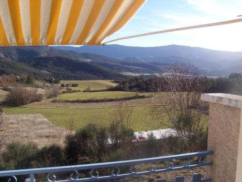 L'Ensoleillee : Chambres d'hotes/B&B proche d'Orpierre