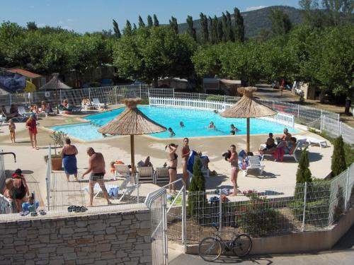 International Camping : Hebergement proche de Vallon-Pont-d'Arc