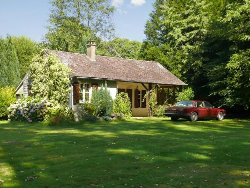 Holiday Home La Ribeaudonniere : Hebergement proche de Mortroux