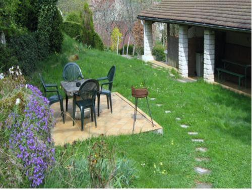 Holiday home 13 Chemin de la Varine : Hebergement proche de Briod