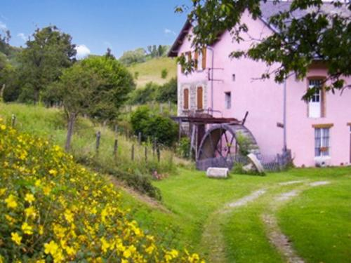 Holiday Home Route de Bilieu : Hebergement proche de Saint-Étienne-de-Crossey