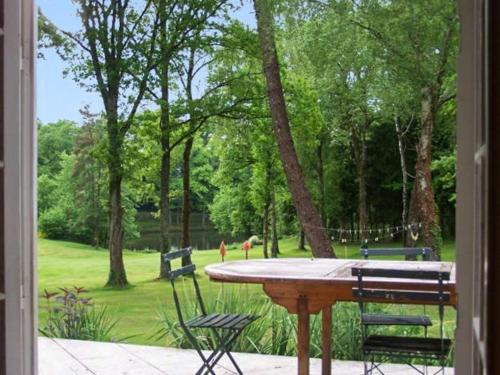 Holiday Home Domaine du Grand Roc 1 : Hebergement proche de La Chapelle-Montbrandeix