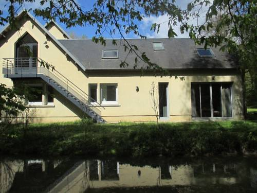 Holiday home bis route de Saint Quentin : Hebergement proche de Cugny