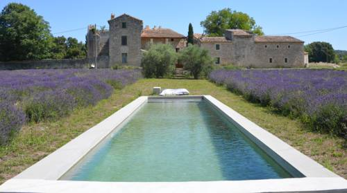 Saint maximin carte plan hotel village de saint maximin for Piscine st maximin
