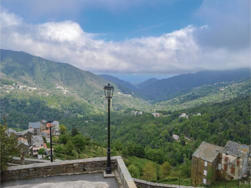 Two-Bedroom Holiday Home in Perelli : Hebergement proche d'Ampriani