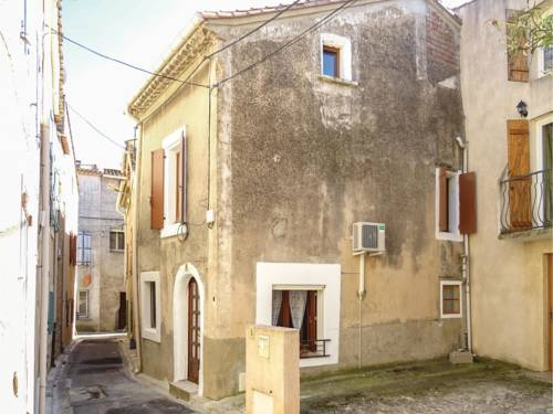 Two-Bedroom Holiday Home in Bize Minervois : Hebergement proche d'Agel
