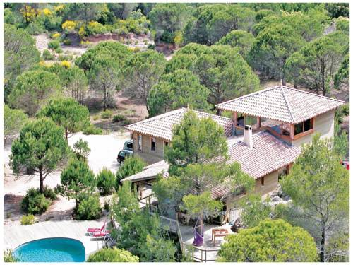 Holiday home Le Pigeonnier : Hebergement proche d'Octon