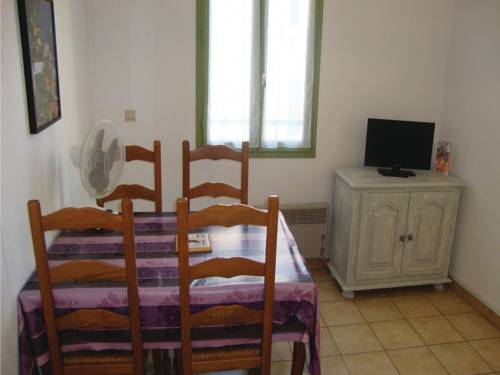 Holiday Apartment Baixas 02 : Appartement proche de Calce