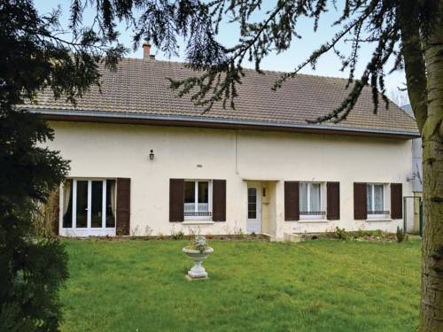 Holiday home Bernot YA-1181 : Hebergement proche de Neuvillette