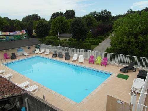 Chavannes carte plan hotel village de chavannes 26260 for Chavannes piscine