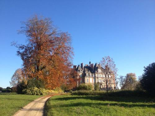 Castle's family spacious duplex : Appartement proche de Veuilly-la-Poterie