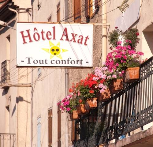 Hotel Axat : Hotel proche d'Escouloubre