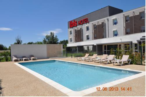 ibis Istres Trigance : Hotel proche d'Istres
