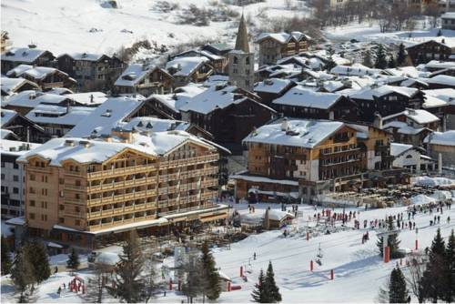 Val d 39 isere carte plan hotel village de val d 39 is re for Piscine val d isere