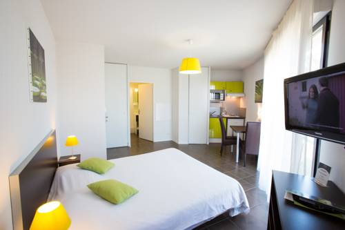 Saint armou carte plan hotel village de saint armou for Appartement hotel bordeaux lac