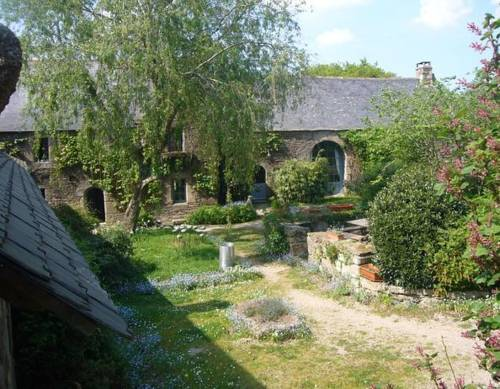 La Grange de Coatlan : Chambres d'hotes/B&B proche de Le Ponthou