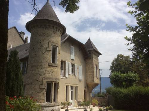 Domaine du Valromey : Chambres d'hotes/B&B proche d'Artemare
