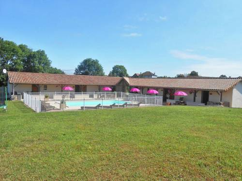 Holiday Home L Hortensia 2 : Hebergement proche d'Augignac