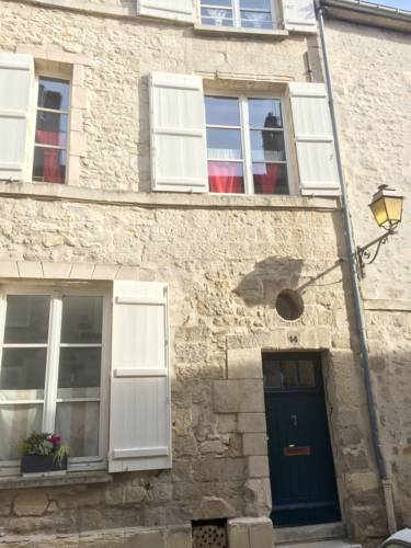 MH Bed and Breakfast : Chambres d'hotes/B&B proche de Courteuil