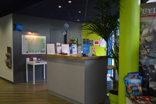 ibis budget Cholet Centre : Hotel proche
