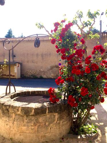The Old Well Bed and Breakfast : Chambres d'hotes/B&B proche de Castelnau-de-Guers