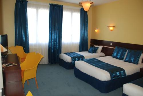 Comfort Hotel Cathedrale Lisieux : Hotel proche