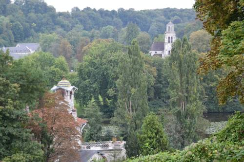 Holiday Home Castle View : Hebergement proche d'Orrouy
