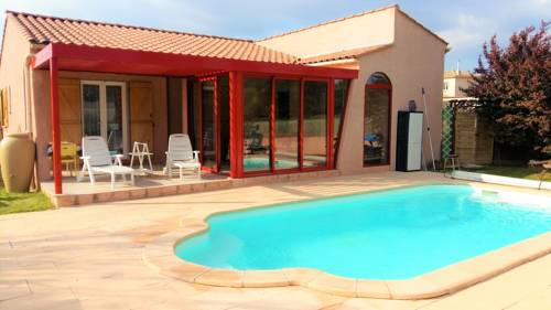 Holiday home Residence la Chapelle : Hebergement proche de Badens