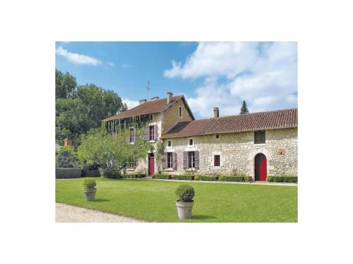 Holiday Home Belle Isle : Hebergement proche de Saint-Astier