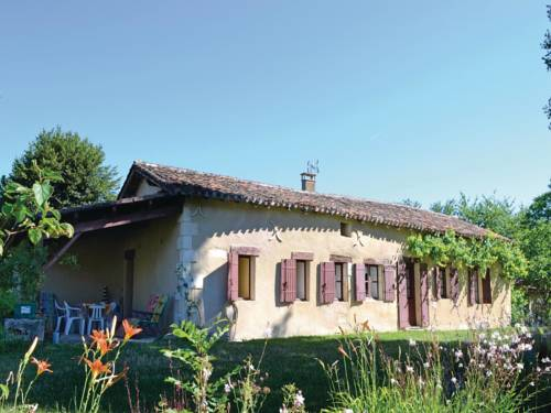 Holiday Home Allee Du Chateau : Hebergement proche de Cornille